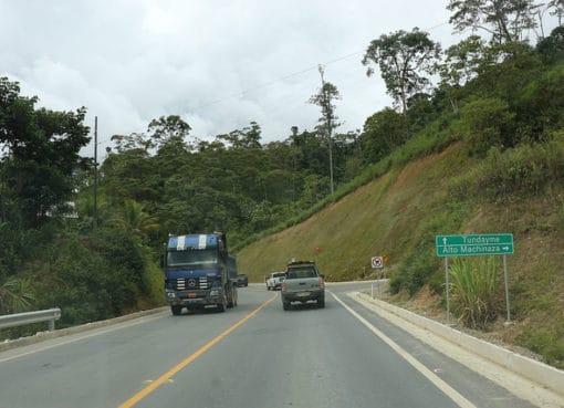 Minera Ecuacorriente inauguró la vía Chuchumbletza-Tundayme-Mirador