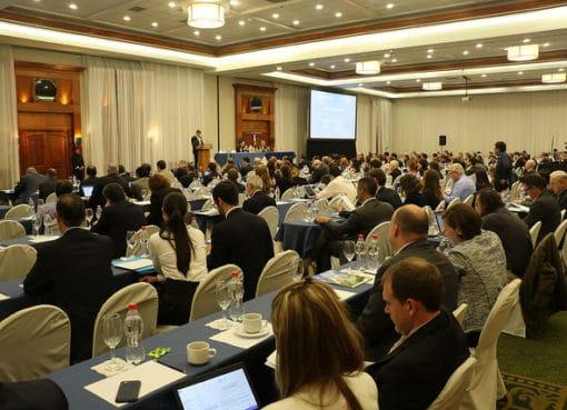 Ecuador espera recibir cerca de USD 4.000 millones por inversión en minería hasta el 2020