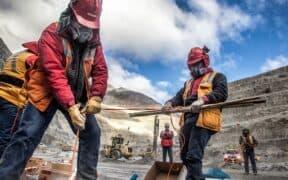 inversionista nuevo gobierno industria minera ecuador