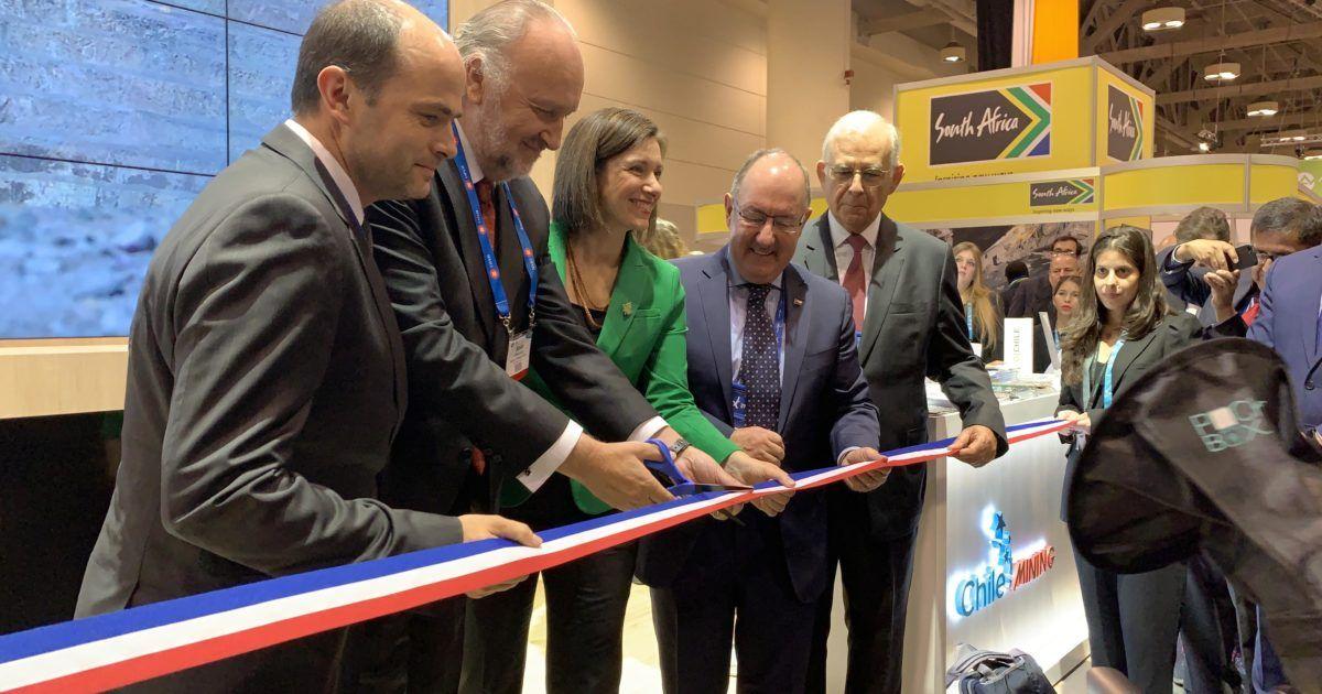 Ministro Prokurica inaugura pabellón de Chile en feria internacional minera PDAC 2019