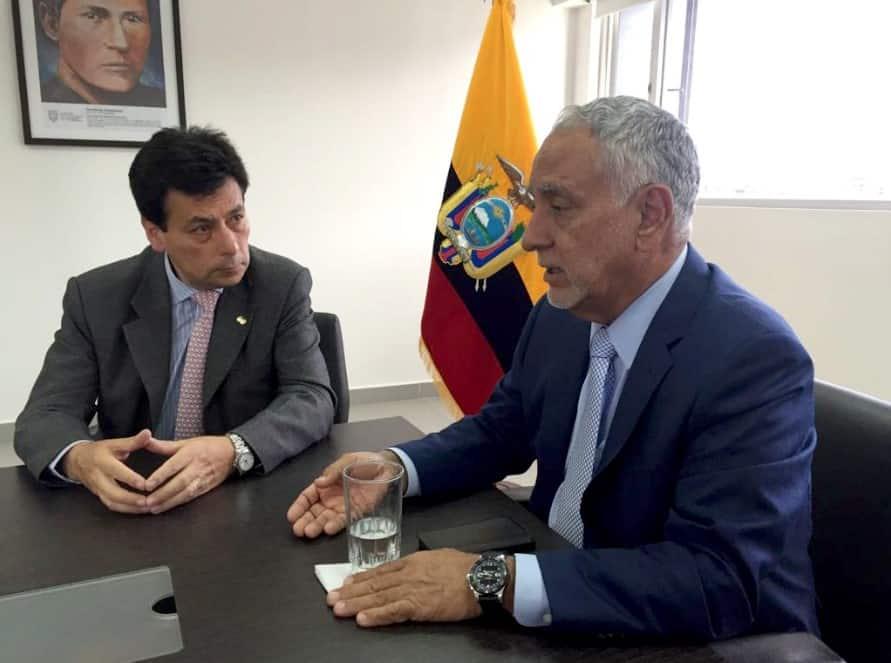 Fernando Benalcázar asume como viceministro de Minas
