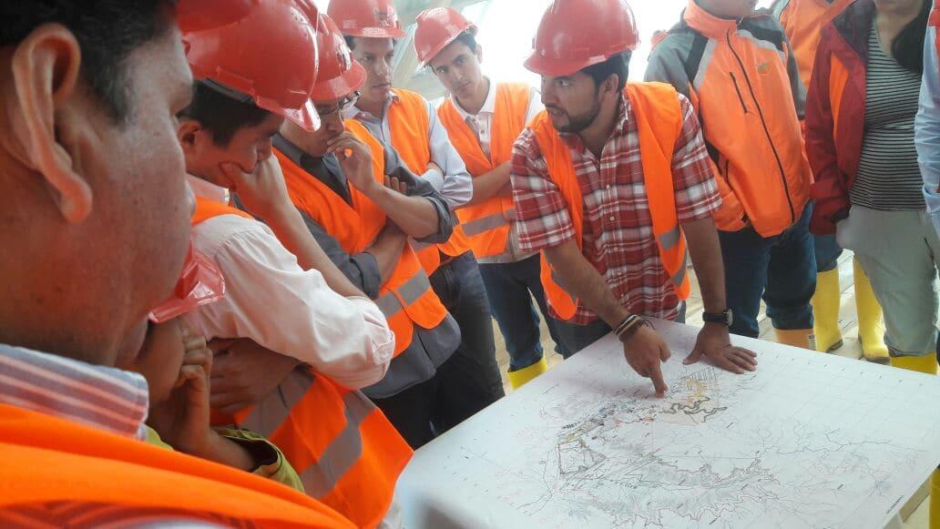Técnicos de Minería, Ambiente y Agua constataron avances en proyecto Mirador