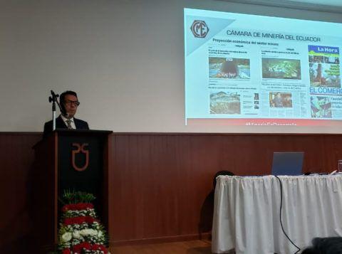 Cámara de Minería participa en las Jornadas de Conocimiento y Cultura de la Universidad del Azuay
