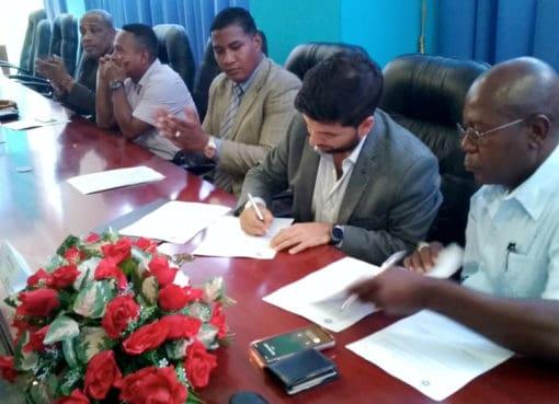 Universitarios y docentes de Esmeraldas se beneficiarán de convenio de cooperación interinstitucional