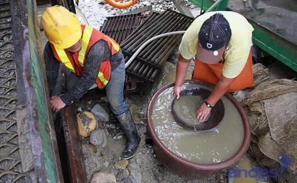 Nuevo instructivo facilita entrega de títulos en pequeña minería