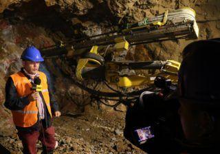 Periodistas visitaron proyectos mineros en Azuay